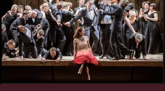 Operaens sceneteppe går i 2017-18 opp for …….