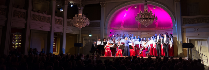 Adventkonsert i Gamle Logen til inntekt for Kirkens Bymisjon